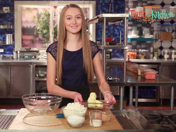"Talia in the Kitchen: ""Holiday Cookies"""
