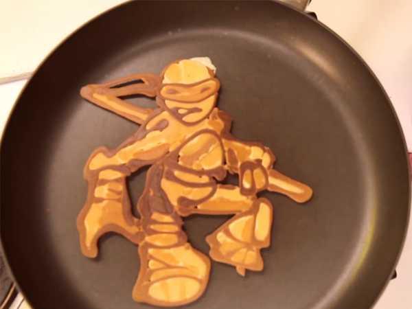 """Teenage Mutant Ninja Turtles: """"Donnie Pancake Art"""""""