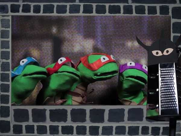 "Teenage Mutant Ninja Turtles: ""Sock Puppet Theater"""