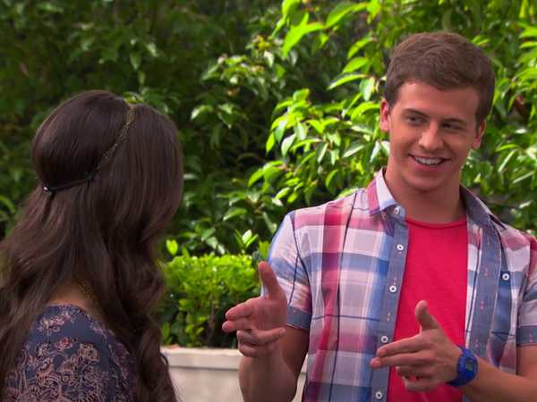 "The Thundermans: ""National Hobby Month"""