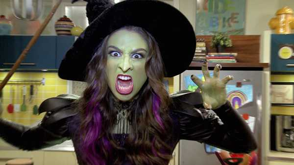 """The Thundermans: """"Makeup Transformations"""""""