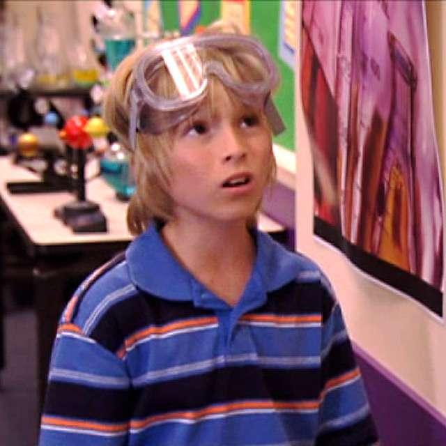 "Zoey 101: ""Bad Girl: Lab Partner"""