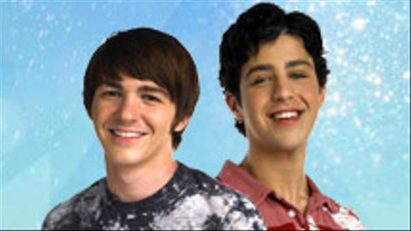 Drake & Josh: Air Hockey Face-Off