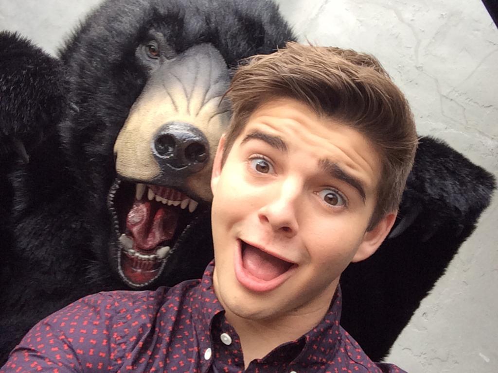 Bear Handed Selfie
