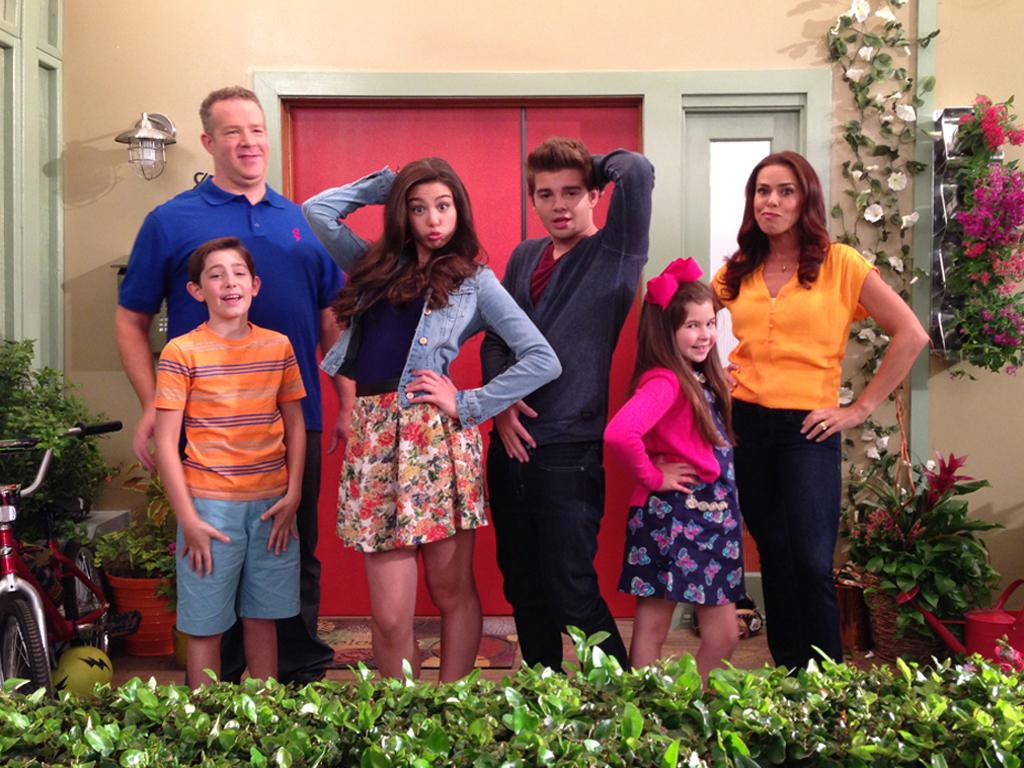 The Thundermans Came To Town!