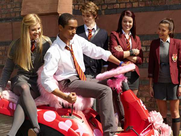 House of Anubis: Sweets and Deceit