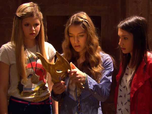 House of Anubis: The Mystery Returns