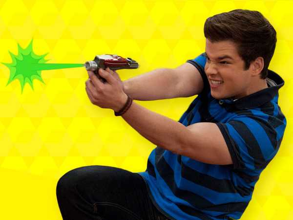 iCarly: Greatest Goofs of 2012