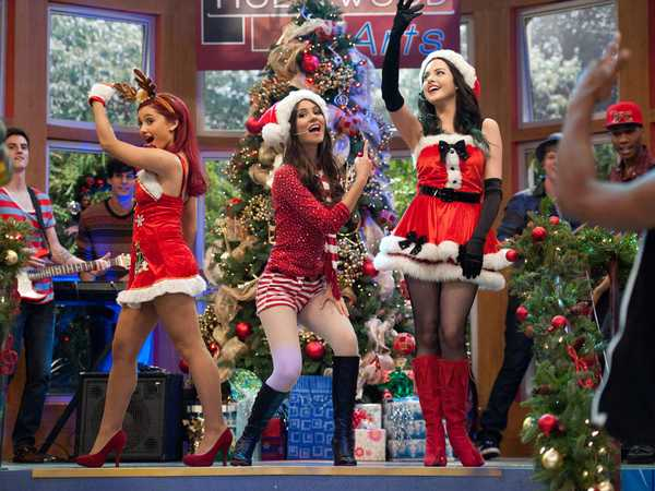 Victorious: A Christmas Tori