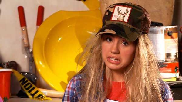 """AwesomenessTV: """"Worst Teacher Ever: Dodgeball"""""""