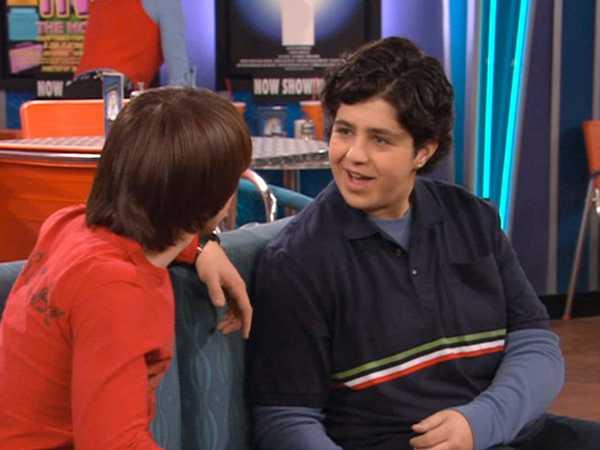 """Drake & Josh: """"The Drake & Josh Inn"""""""