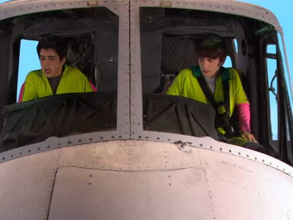 "Drake & Josh: ""Helicopter"""