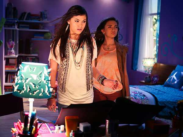 """Every Witch Way: """"Mac-sic-cle"""""""