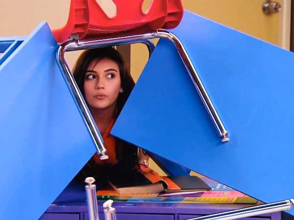 "Every Witch Way: ""I Said, Upside Down"""