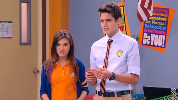 "Every Witch Way: ""Lily Frog"""