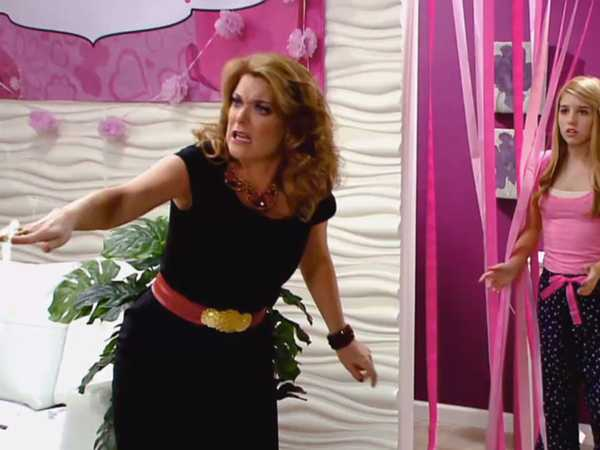 "Every Witch Way: Outta Hand: ""Secret Powers"""