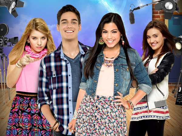 "Every Witch Way: ""Back on Set"""