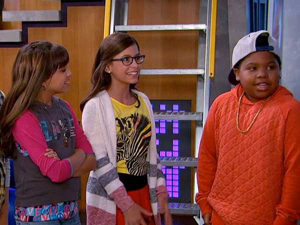 "Game Shakers: ""Trip Steals The Jet"""