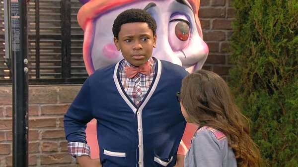 """The Haunted Hathaways: """"Haunted Ghost Tour"""""""