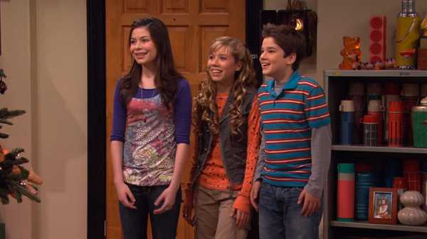 "iCarly: ""iHeart Art"""