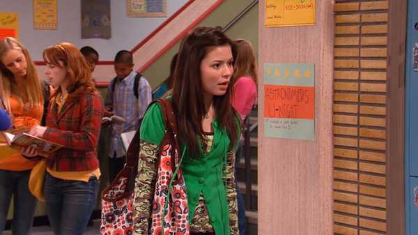 "iCarly: ""iAm Your Biggest Fan"""