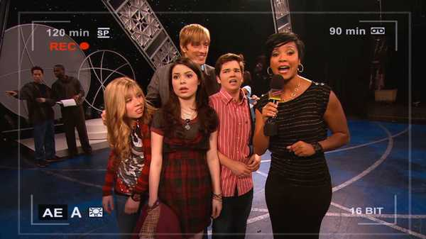 "iCarly: ""iFix a Pop Star"""