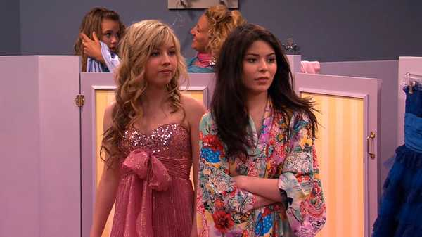 """iCarly: """"iWas A Pageant Girl"""""""