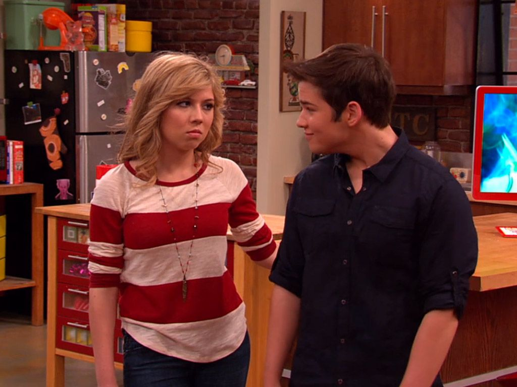 Watch Series - iCarly - Season 2 - Episode 11