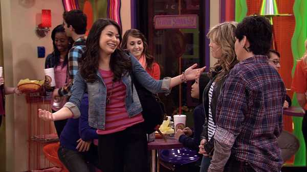 "iCarly: ""iRescue Carly"""