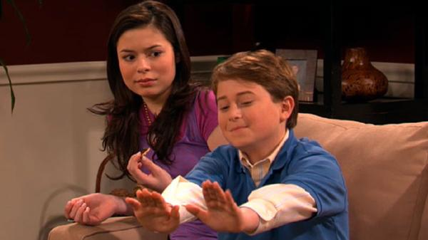 "iCarly: ""iNevel: Tapenade to the Face!"""