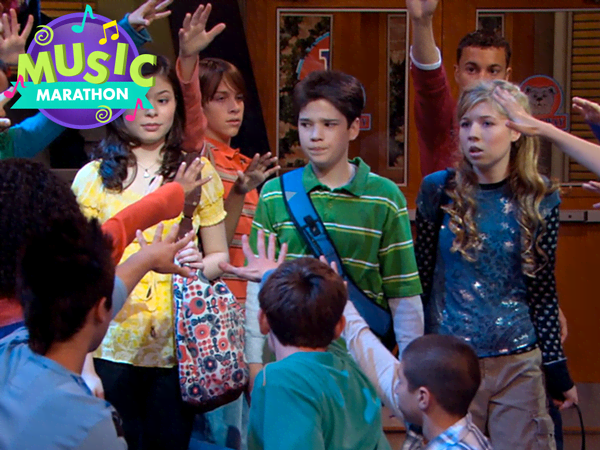 "iCarly: ""iDream of Dance"