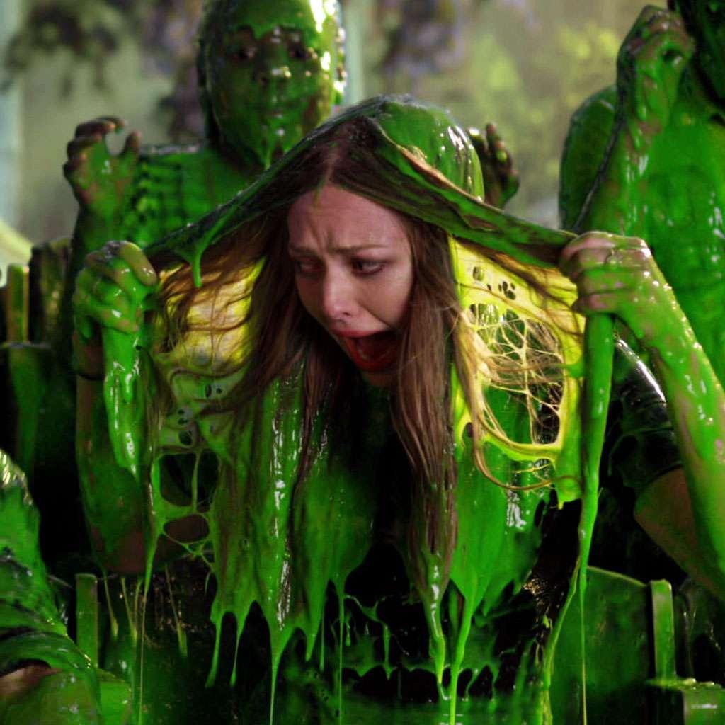Kids' Choice Awards 2013: Josh Hutcherson and Amanda Seyfriend Get Slimed