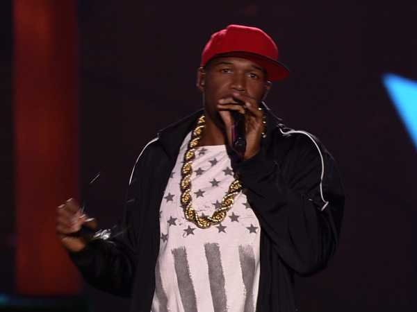 Kids' Choice Sports Awards: Introducing MC Stray!