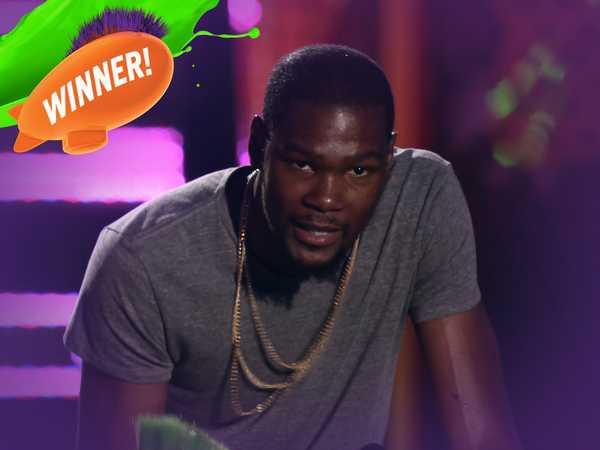 Kids' Choice Sports Awards: Best Male Athlete Award!