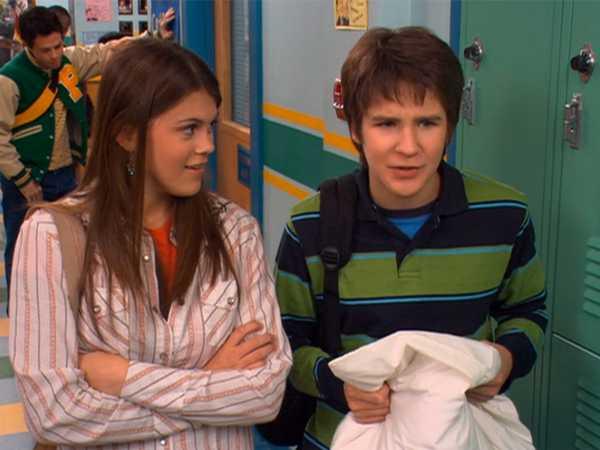 "Ned's Declassified School Survival Guide: ""Hallways/Friends Moving"""