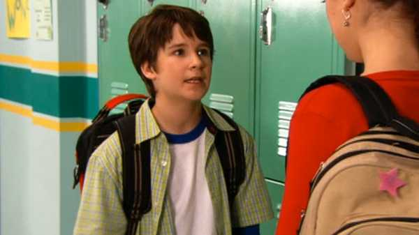 "Ned's Declassified School Survival Guide: ""Computer Labs/Backpacks"""