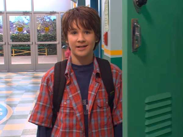 "Ned's Declassified School Survival Guide: ""New Semester/Electives"""