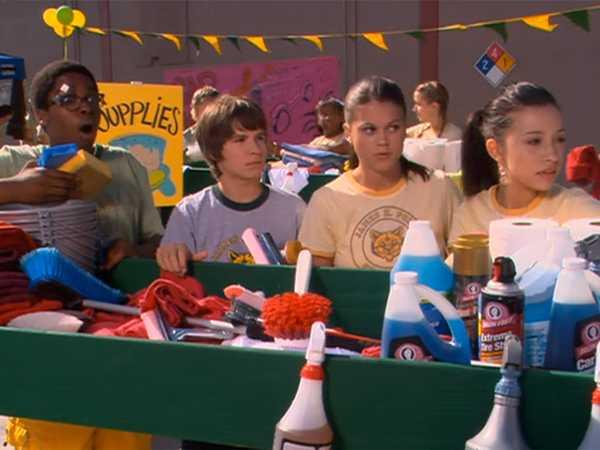 """Ned's Declassified School Survival Guide: """"Secrets/School Car Wash"""""""