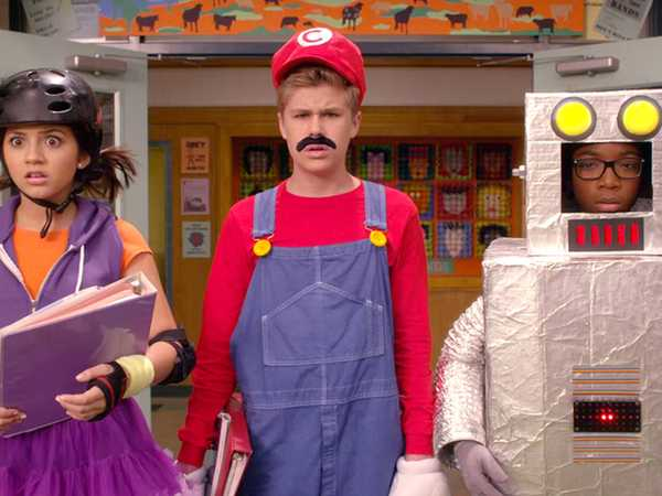 """100 Things to Do Before High School: """"Have The Best Halloween School Day Ever Thing!"""""""