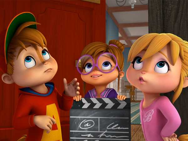 "ALVINNN!!! and The Chipmunks: ""Lights Camera Uh-Oh/Wax Dave"""