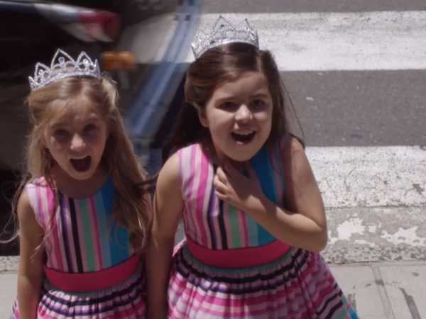 "Sophia Grace and Rosie's Great Adventure: ""Breaking In"""