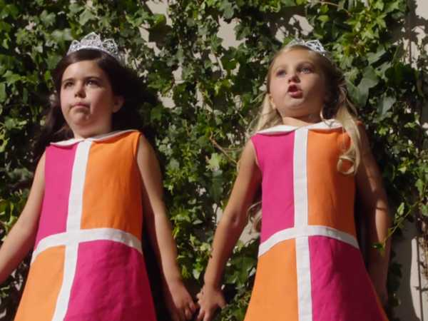"Sophia Grace and Rosie's Great Adventure: ""On the Ledge"""