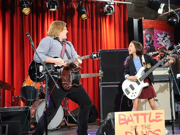 "School of Rock: ""Should I Stay Or Should I Go?"""
