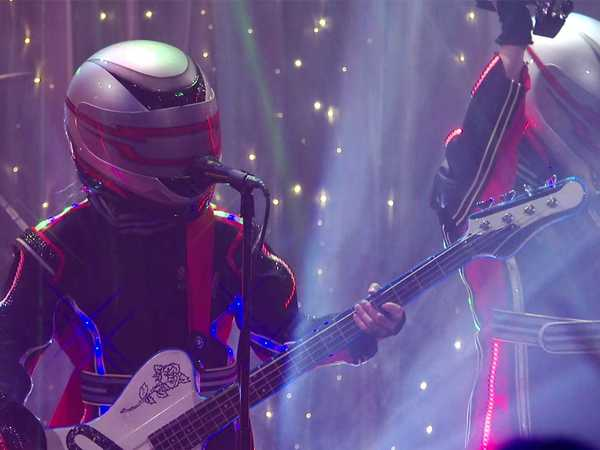"School of Rock: ""Brilliant Disguise"""