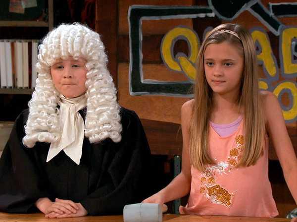 "Nicky, Ricky, Dicky & Dawn: ""Quad Court"""