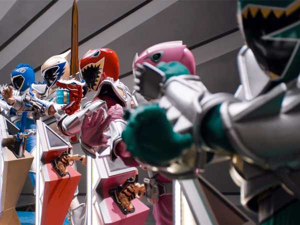 "Power Rangers Dino Super Charge: ""Silver Secret"""