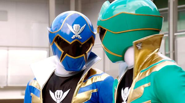 "Power Rangers Super Megaforce: ""The Grass is Always Greener... or Bluer"""