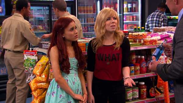 "Sam & Cat: ""#BlueDogSoda"""