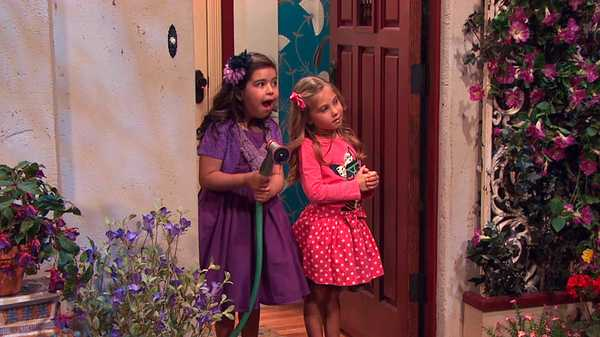 "Sam & Cat: ""#TheBritBrats"""