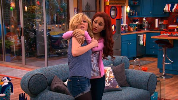 "Sam & Cat: ""#FirstClassProblems"""